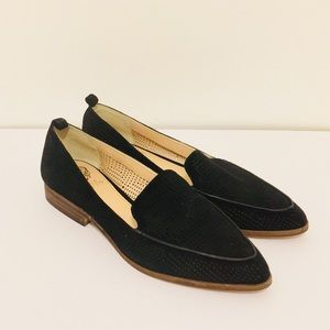 Vince Camuto black suede flat loafers size 9
